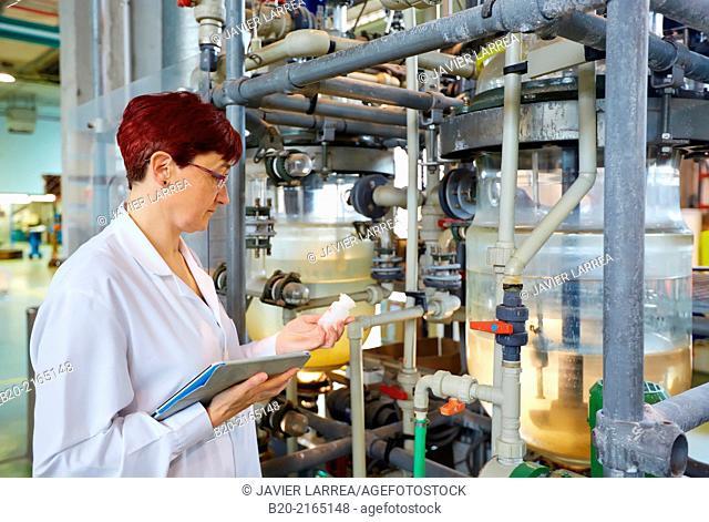 Hydrometallurgical plant. Laboratory. Energy and Environment Division. Tecnalia Research and Innovation. Donostia. San Sebastian. Gipuzkoa