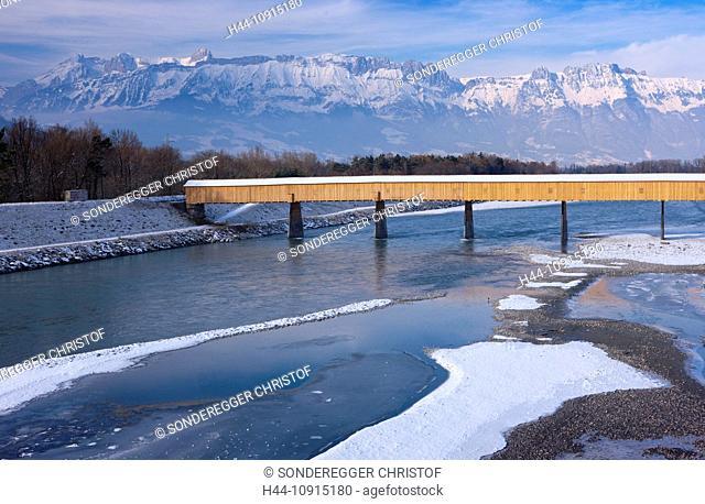 Winter, snow, FL, principality, Liechtenstein, canton, St. Gallen, St. Gall, Switzerland, Europe, bridge, river, flow, brook, water, Rhine, Sevelen