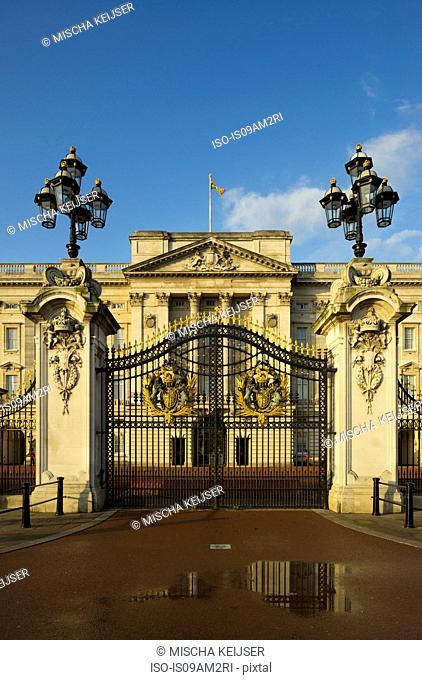 Buckingham Palace gates, London, England, UK