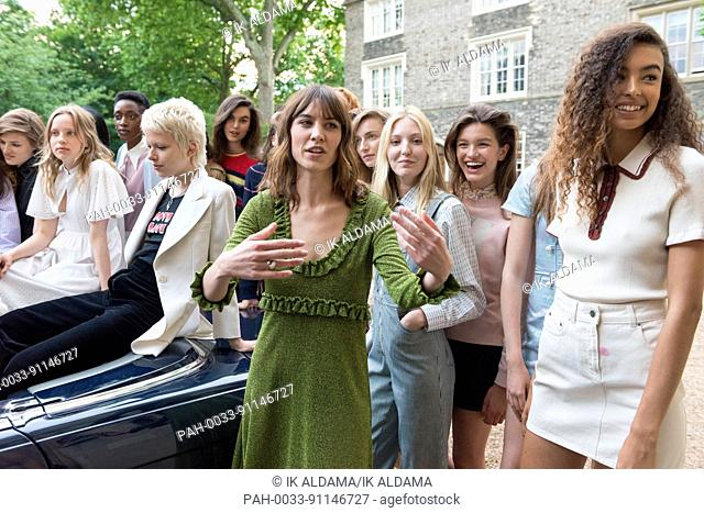Alexa Chung presents her Summer Collection in her debut as a Fashion Designer in her ALEXACHUNG brand. London, UK. 30/05/2017 | usage worldwide