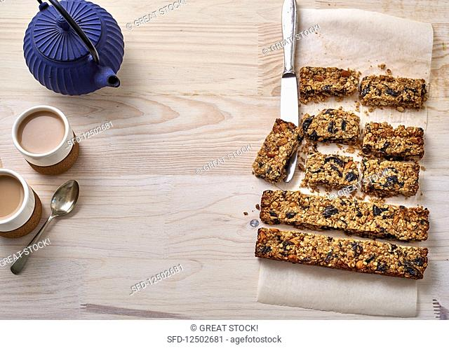 Muesli bars and tea