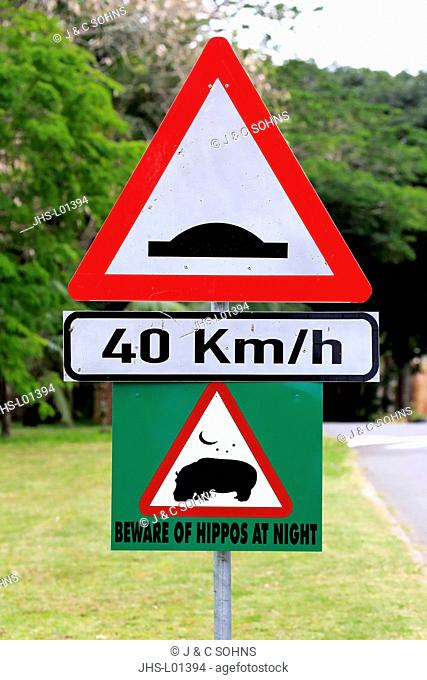 Traffc sign, warning for hippos at night, St. Lucia, iSimangaliso Wetland Park, former Greater St.Lucia Wetland Park, Kwa Zulu Natal, South Africa, Africa