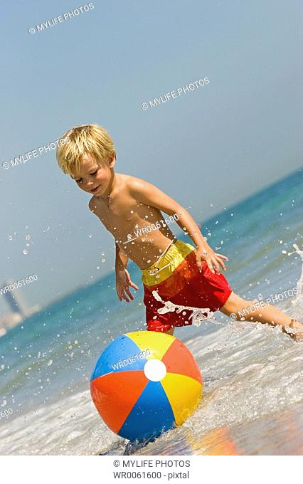 playing with beachball