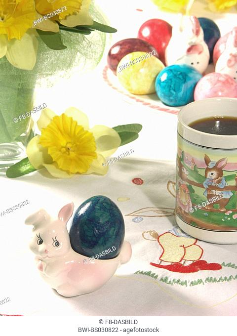table with easter decoration