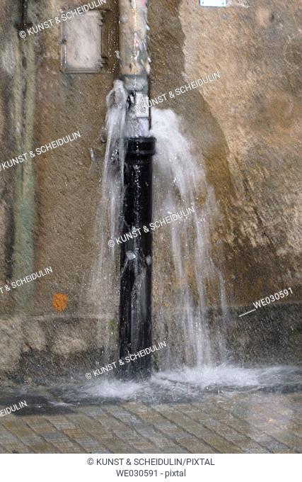 Overflowing gutter during heavy shower, Ratisbone / Regensburg, Upper Palatinate, Bavaria, Germany