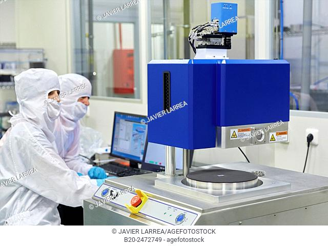 Oxford Instruments Reactive Ion Etcher. Cleanroom. Nanotechnology. Laboratory. CIC nanoGUNE Nano science Cooperative Research Center. Donostia
