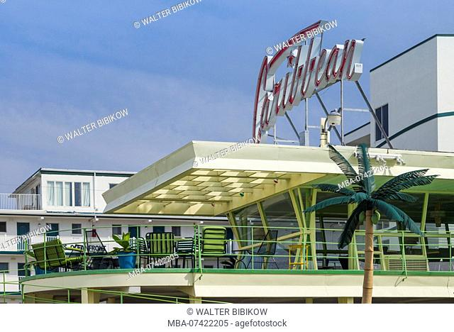USA, New Jersey, The Jersey Shore, Wildwoods, 1950s-era Doo-Wop architecture, Caribbean Motel, neon sign