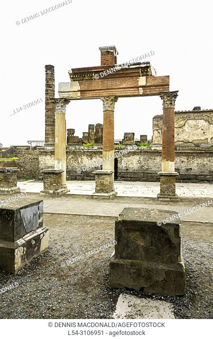 Pompeii is a vast archaeological site in southern Italy's Campania region, near the coast of the Bay of Naples. Once a thriving and sophisticated Roman city