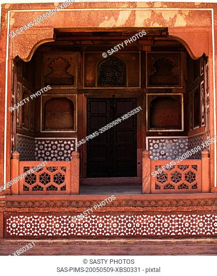 Architectural detail of a mausoleum, Itmad-ud-Daulah's Tomb, Agra, Uttar Pradesh, India