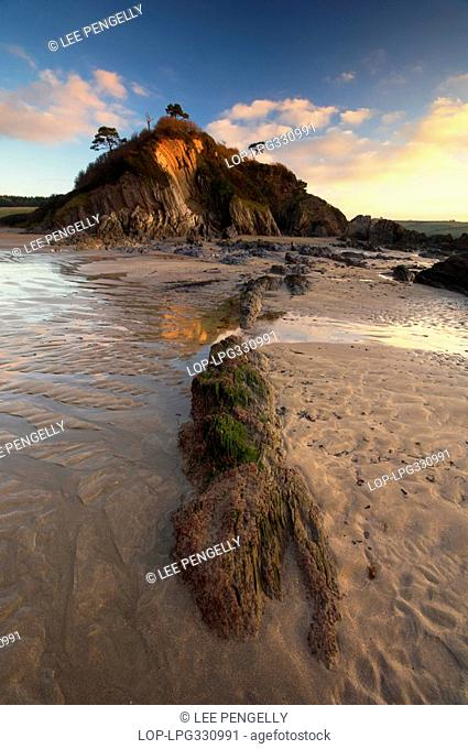 England, Devon, Mothecombe, Mothecombe beach at dawn