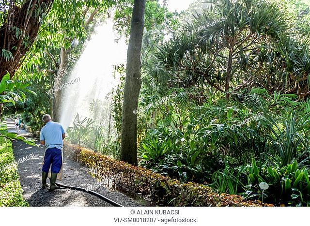 Arrosage, Jardin botanique de Puerto de la Cruz, Tenerife, Iles Canaries, Espagne