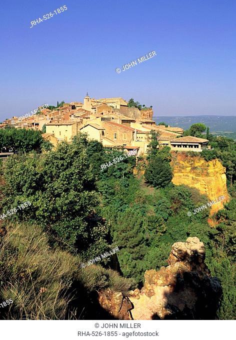 Roussillon village, Provence, France, Europe