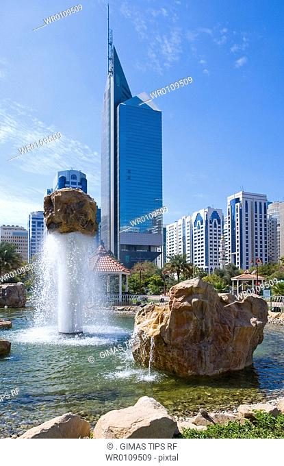 United Arab Emirates, Abu Dhabi, skyscrapers and Lake Park Center