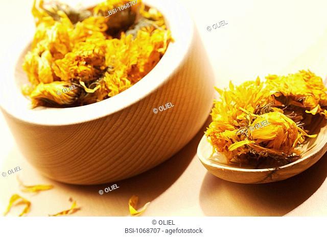 POT MARIGOLD Dried flowers of pot marigold Calendula officinalis