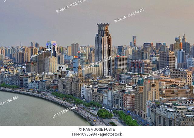 The Bund and Huangpu River in Shanghai City