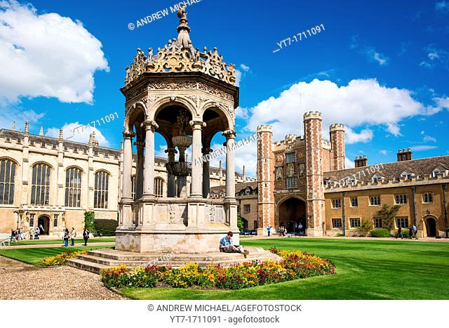Cambridge University Trinity College Great Court and water fountain  UK