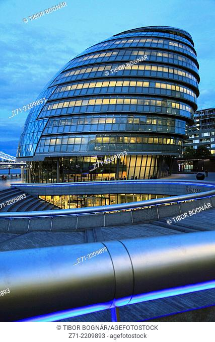 UK, England, London, City Hall, Norman Foster architect,