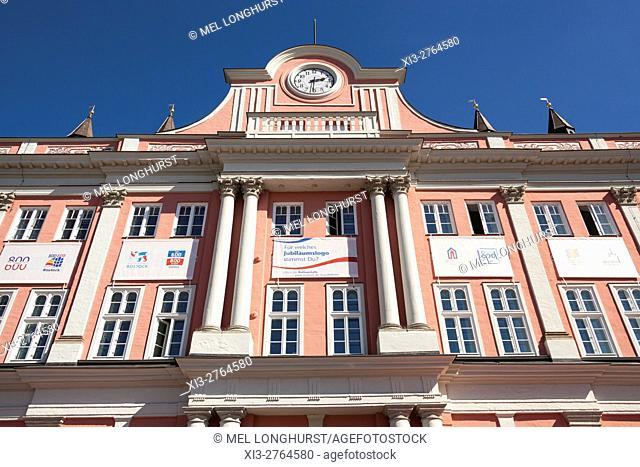 Town Hall, Rathaus, Neuer Markt, Rostock, Mecklenburg-Vorpommern, Germany