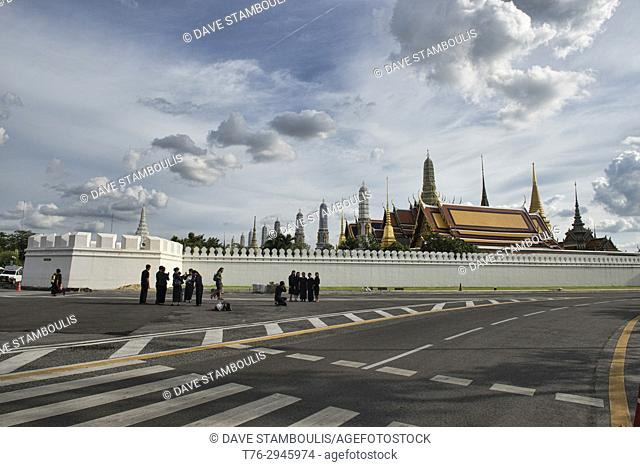 Mourners for the king at the Grand Palace in Bangkok, Thailand