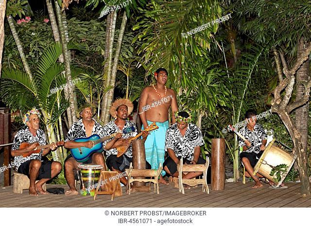Traditional music band under palm trees, musicians, Bora Bora island, society islands, French Polynesia