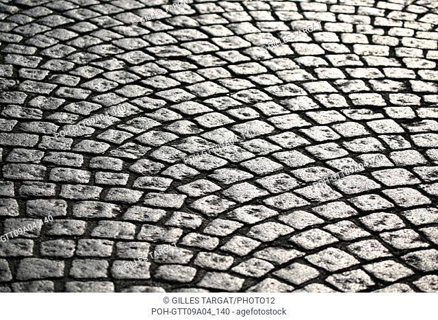 tourism, France, paris 14th arrondissement, place denfert rochereau, denfert rochereau square, cobbledstones, detail street, floor Photo Gilles Targat