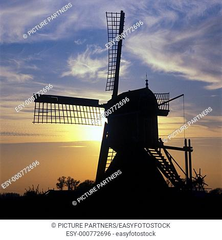 Windmill in South-Holland at twilight