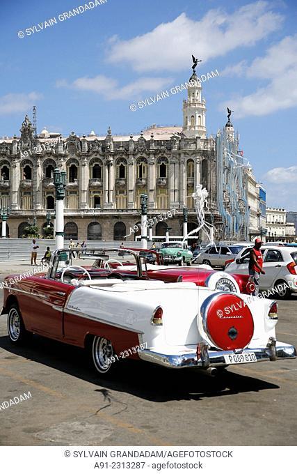 Carribean, Cuba republic, city of Habana the capital, old vintage american car