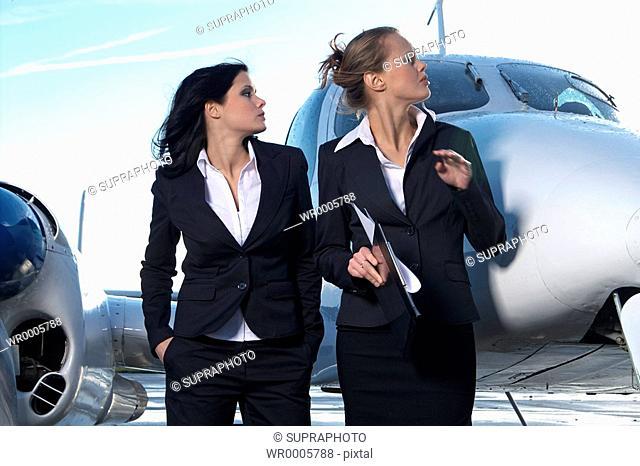 Hostesses plane Supraphoto
