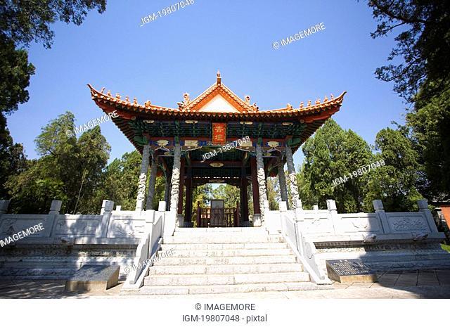 China, Yunnan Province, Jianshui, pavilion
