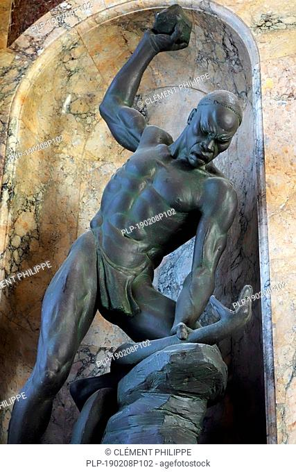 Sculpture Fight with Snake by Belgian sculptor Arthur Dupagne in the AfricaMuseum / Royal Museum for Central Africa, Tervuren, Belgium