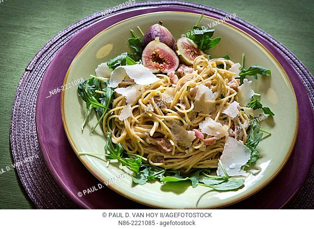 pasta and arugula salad with parmesan and fresh figs
