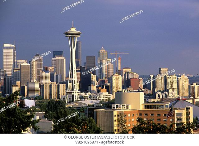 Downtown view with Space Needle, Kerry Park, Seattle, Washington