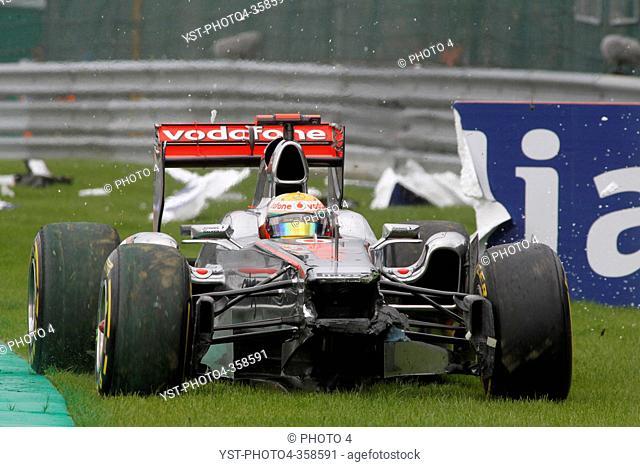 Race, Crash, Lewis Hamilton GBR, McLaren Mercedes, MP4-26, Belgian Grand Prix, Francorchamps