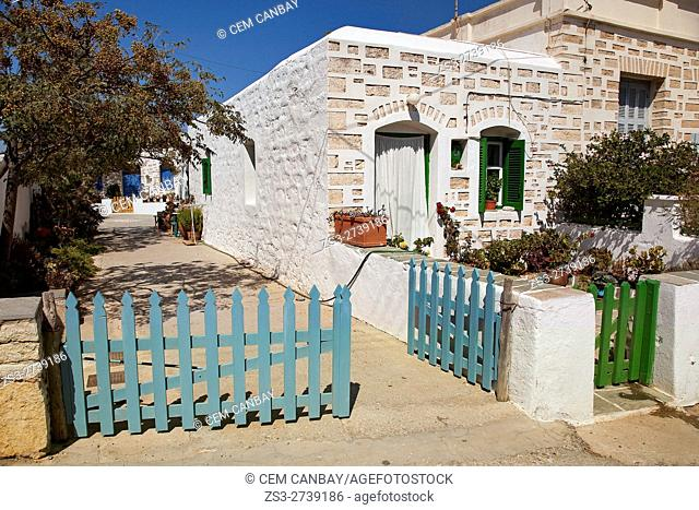 Traditional Cyclades house in Ano Meria village, Folegandros, Cyclades Islands, Greek Islands, Greece, Europe