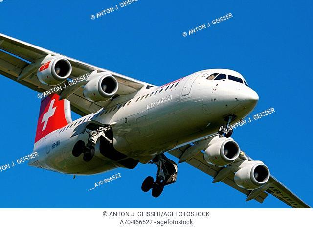Swiss Jumbolino Avro RJ 85 engine