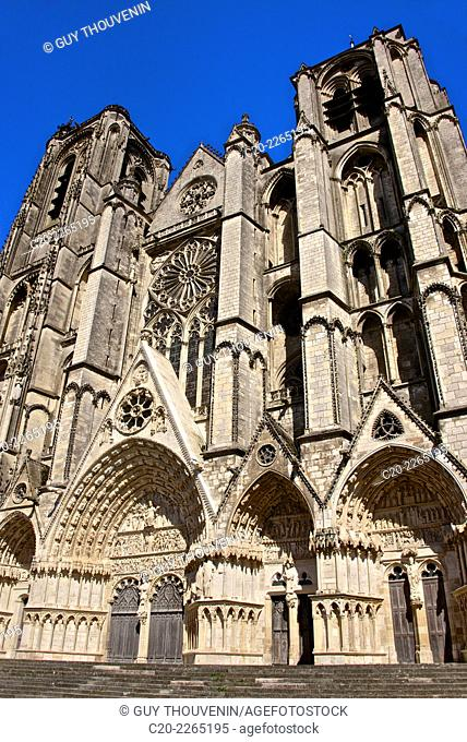 Cathedral saint Etienne, 12th 14th c., Gothic style, entrance arches, Bourges, Cher, Berry, France