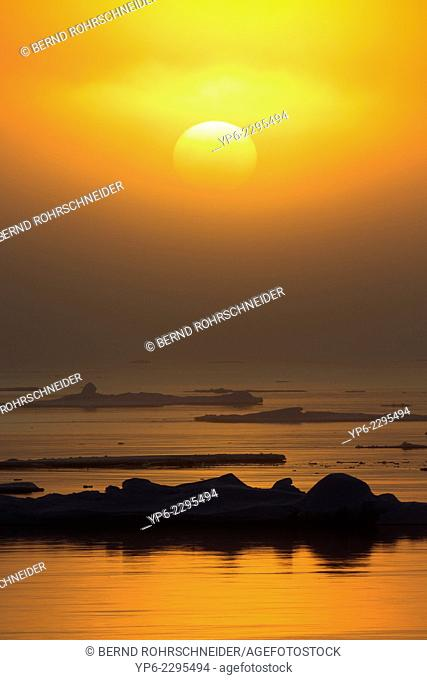 ice floes in the light of the midnight sun, Hinlopenstretet, Spitsbergen, Svalbard