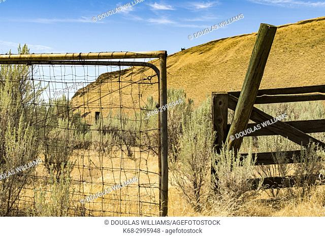 Gate near state route 261, near the Palouse and Snake rivers, Washington state, USA