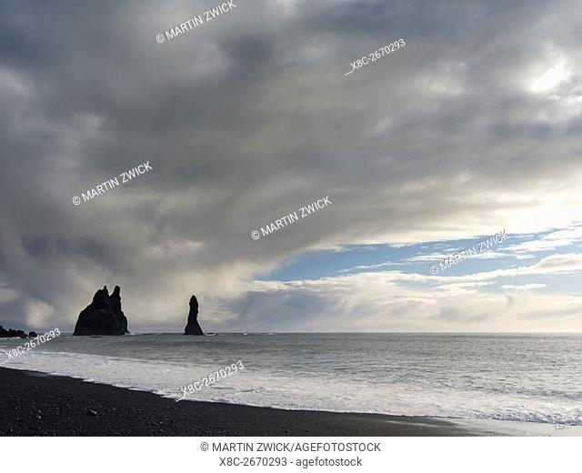 Coast of the North Atlantic near Vik y Myrdal during winter. Beach with the sea stacks called Reynisdrangar. europe, northern europe, scandinavia, iceland