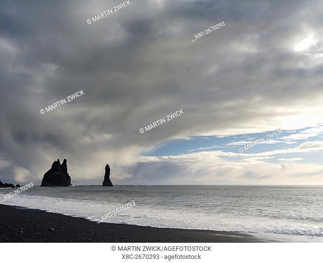 Coast of the North Atlantic near Vik y Myrdal during winter. Beach with the sea stacks called Reynisdrangar. europe, northern europe, scandinavia, iceland