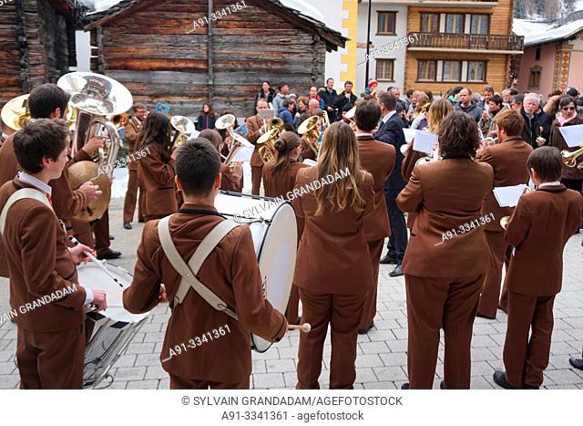 Switzerland, Valais (Wallis), Val d'Herens, Village of Evolene/ Suisse, Valais (Wallis), Val d'Herens, cvillage traditionnel d'Evolene