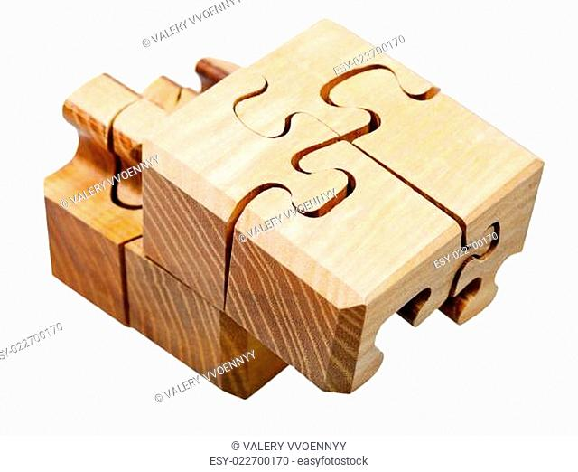 three dimensional wooden mechanical puzzle