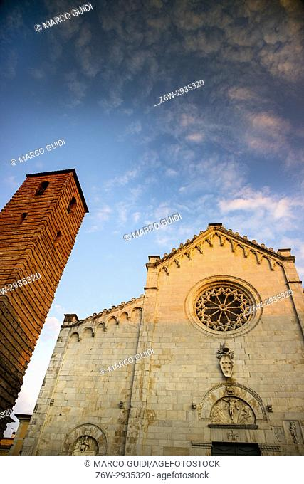 Old Façade Romanesque style of the cathedral of Pietrasanta Italia