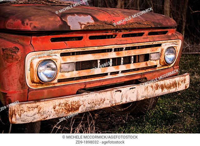 A rusting Ford pickup at permanent rest in an Illinois farmyard