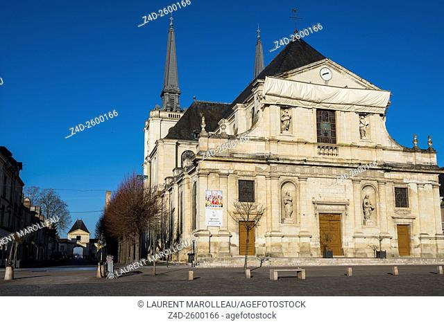 Market Square and the Church of Our Lady of the Assumption in the Richelieu city, a Masterpiece of Urban Design of 17th Century (as Ideal City)