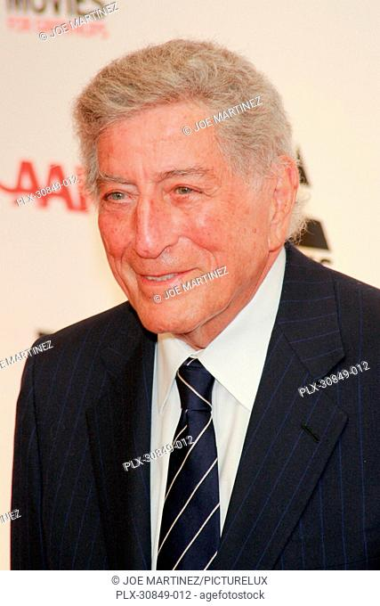 Tony bennett 10th annual Stock Photos and Images | age fotostock