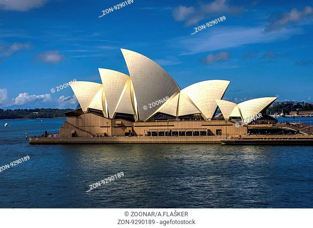View on Sydney Opera house in daylight, HDR photo