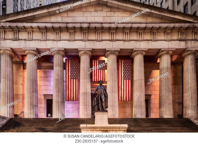 Federal Hall National Memorial NYSE - Front view to the main entrance to Federal Hall at Wall Street in lower Manhattan, New York City
