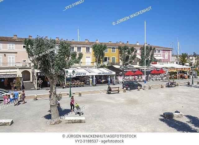 Market place, Port Grimaud, Var, Provence-Alpes-Cote d`Azur, France, Europe