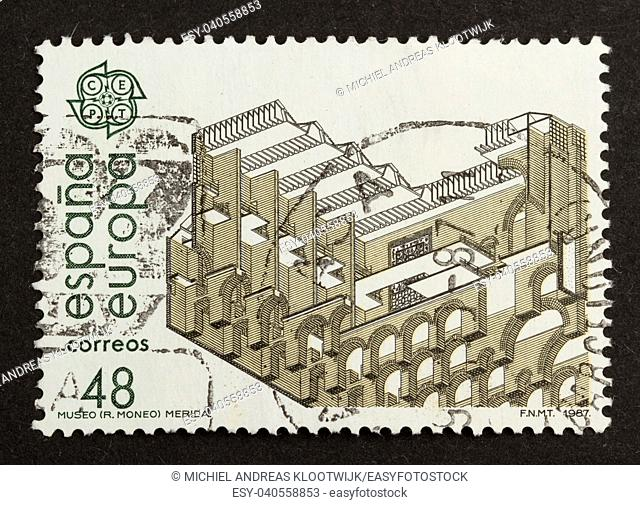 SPAIN - CIRCA 1980: Stamp printed in Spain shows a national museum, circa 1980